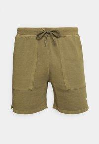 FRONT POCKETS BACK POCKET - Shorts - fresh olive