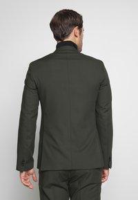 Viggo - GOTHENBURG SUIT SET - Kostym - khaki - 3