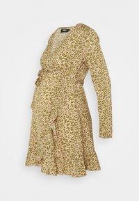 Missguided Maternity - WRAP RUFFLE MINI DRESS - Day dress - pink - 0