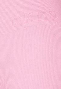 DKNY - HIGH WAISTED SEAMLESS  - Leggings - bubblegum - 5
