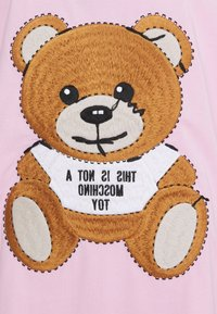 MOSCHINO - Print T-shirt - fantasy pink - 6