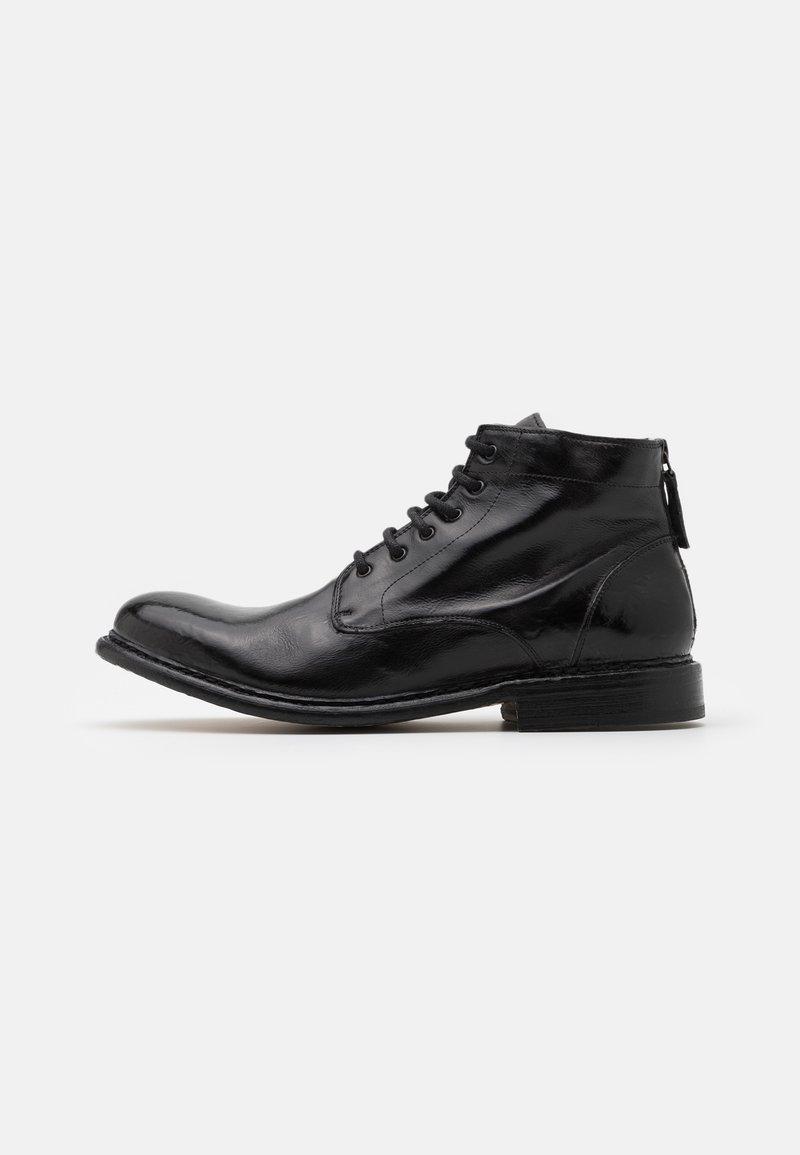 Cordwainer - Šněrovací kotníkové boty - todi washed black