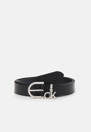 CHARM BUCKLE - Cinturón - black