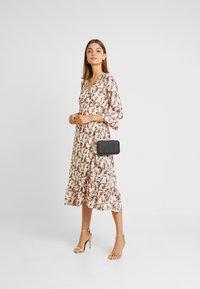 YAS - YASELLI 3/4 DRESS - Maxi dress - crème brûlée - 1