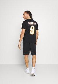 Fanatics - NFL JOE BURROW CINCINNATI BENGALS ICONIC NAME & NUMBER GRAPHIC  - Klubové oblečení - black - 2