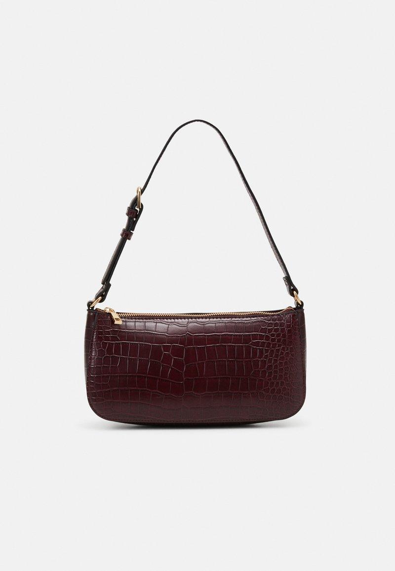 Lindex - BAG ELLA CROCO - Håndtasker - dusty red