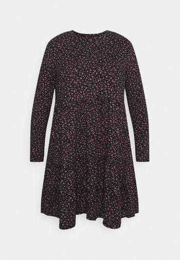 SOFT TOUCH TIERED SMOCK DRESS - Jerseykjole - dark red
