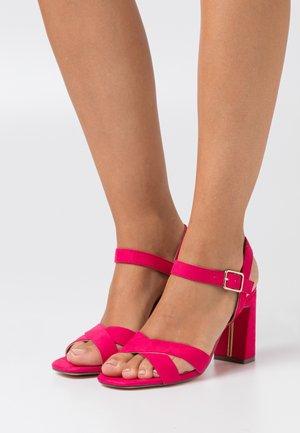 FUSHIA SELENA - Sandály na vysokém podpatku - pink
