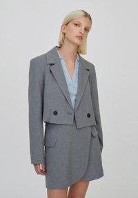PULL&BEAR - Blazer - mottled light grey - 0