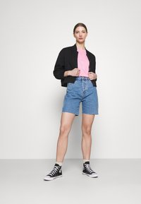 Rolla's - CLASSIC CUTOFF - Shorts di jeans - cindy blue - 1