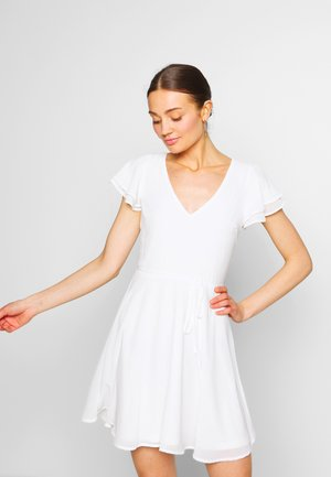 DOUBLE FLOUNCE SLEEVE DRESS - Vestido de cóctel - white