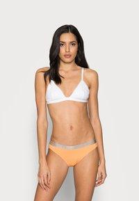 Calvin Klein Underwear - 3 PACK - Briefs - grey heather/pale blue/flambe - 1