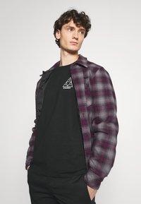 HUF - PLAYBOY PLAYMATE TEE - Print T-shirt - black - 3