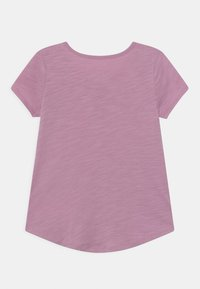 OshKosh - GRAPHIC - Print T-shirt - purple - 1