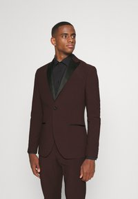 Isaac Dewhirst - THE TUX - Kostym - bordeaux - 2