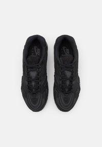 Nike Sportswear - AIR MAX 96 II - Sneakersy niskie - black - 5