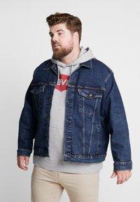 Levi's® Plus - BIG TRUCKER - Veste en jean - colusa - 0