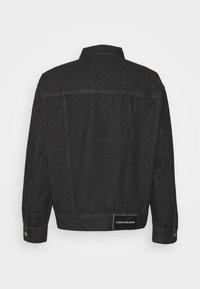 Calvin Klein Jeans - DAD JACKET - Denim jacket - denim black - 1