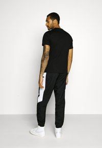 Santa Cruz - UNISEX CLASSIC DOT  - Print T-shirt - black - 2