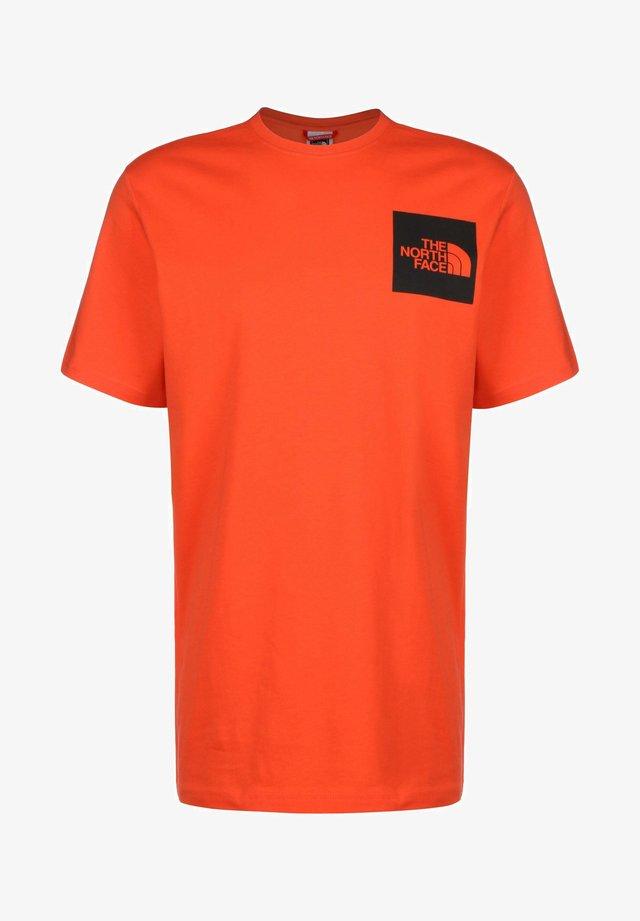 Camiseta básica - flare
