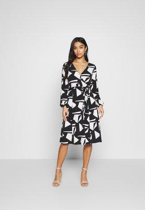 STONE GEO WRAP DRESS - Jersey dress - black