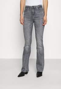 ONLY - ONLPAOLA LIFE FLARE - Flared Jeans - medium grey denim - 0