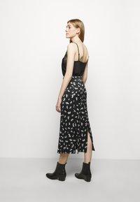 maje - JISEILLE - A-line skirt - groseilles noir - 2