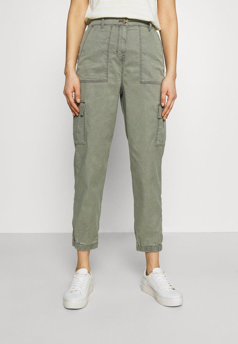 Marks & Spencer London - ULTIMATE - Cargo trousers - khaki