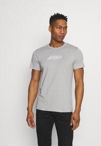 Jack & Jones - JOROMBRE TEE CREW NECK 5 PACK - T-shirt med print - white - 7