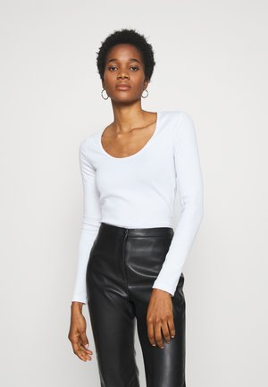 JULIANA SCOOPED LONG SLEEVE - Top s dlouhým rukávem - white