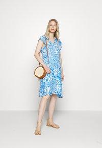 InWear - FLORIZZAI SHORT DRESS - Denní šaty - light blue - 1