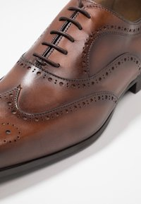 Giorgio 1958 - Elegantní šněrovací boty - cognac - 5