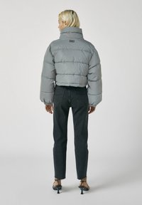 PULL&BEAR - Winter jacket - metallic grey - 2