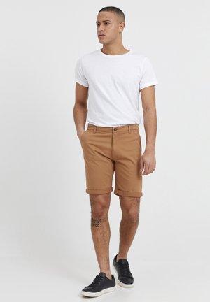 ROCKCLIFFE - Shorts - tobacco brown