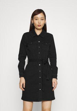 ONLCOLUMBIA LIFE DRESS - Denim dress - black denim