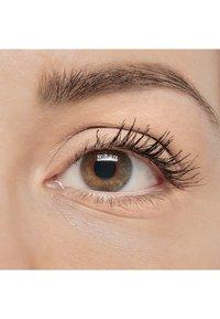IsaDora - SINGLE POWER EYESHADOW - Eye shadow - bare beige - 3