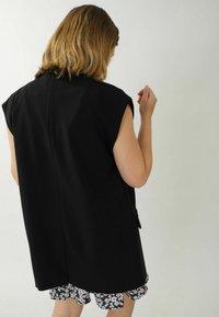 Pimkie - Waistcoat - schwarz - 1