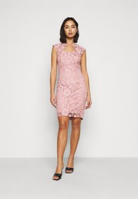 SISTA GLAM PETITE - MAZZIE - Cocktail dress / Party dress - pink - 0