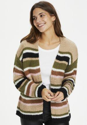 KAMERLA - Cardigan - green / sand tones stripe