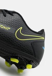 Nike Performance - JR PHANTOM GT CLUB FG/MG UNISEX - Kopačky lisovky - black/cyber/light photo blue - 5