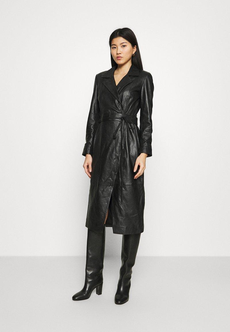 Ibana - EXCLUSIVE DAILY - Denní šaty - black
