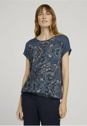 T-shirt basic - blue apricot paisley design