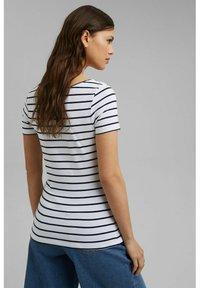 Esprit - TSHIRT DANCER - Print T-shirt - white - 3