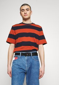 Tommy Jeans - DRING BELT  - Pásek - black - 1