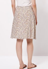 zero - MIT BLUMENDRUCK - A-line skirt - raw cotton - 2
