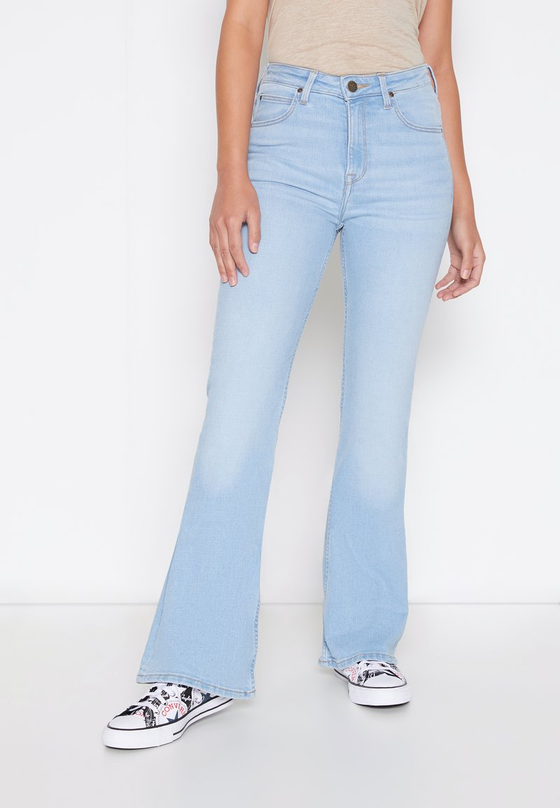 Lee - BREESE - Flared jeans - bleached azur