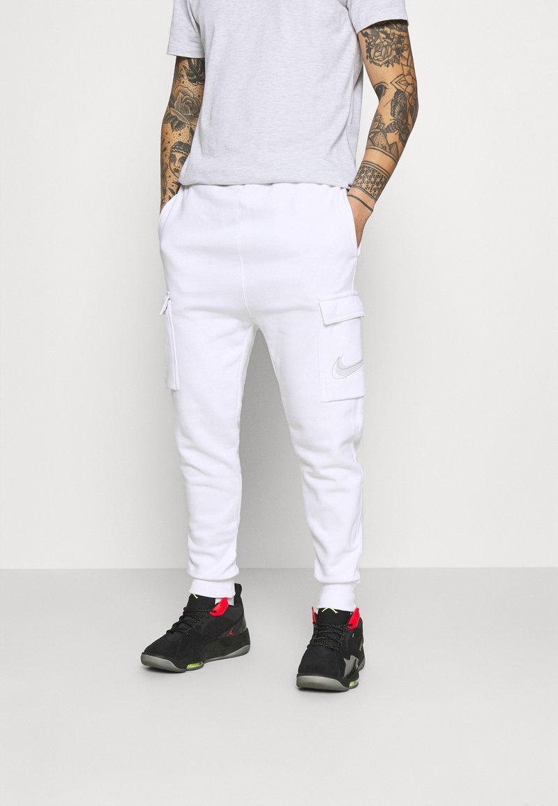 Nike Sportswear - COURT PANT - Tracksuit bottoms - white