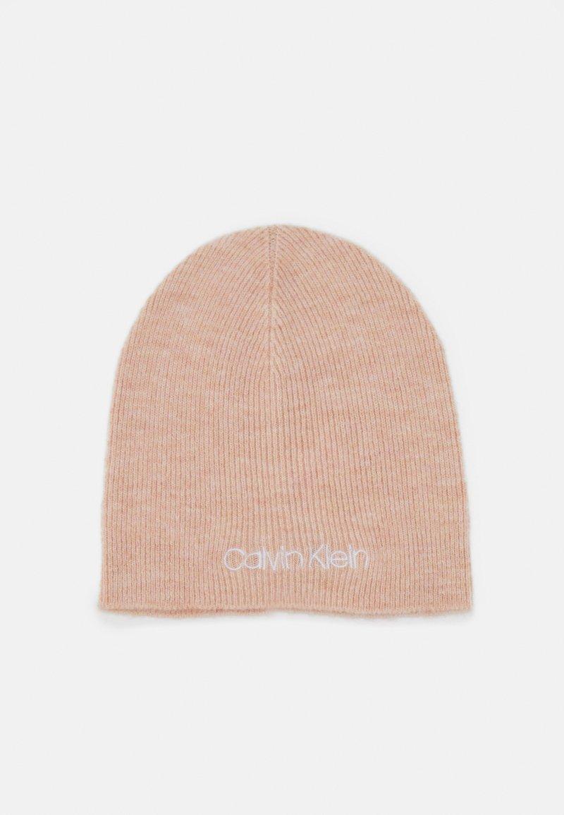 Calvin Klein - BEANIE - Muts - pink
