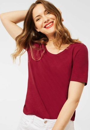 IM BASIC STYLE - Basic T-shirt - rot
