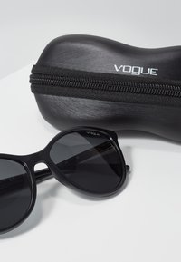VOGUE Eyewear - Zonnebril - black - 3